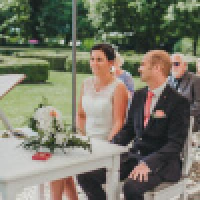 Gutshaus Volzrade Brautpaar Trauungen Hochzeit