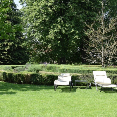 Gutshaus Volzrade Garten Liegen
