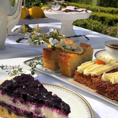 Gutshaus Volzrade Kuchen Tea Time Garten