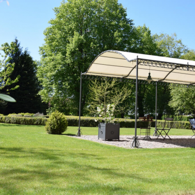 Gutshaus Volzrade Garten Pergola