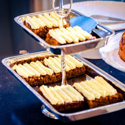 Gutshaus Volzrade Unser kleines Café Möhrenkuchen Carrot Cake