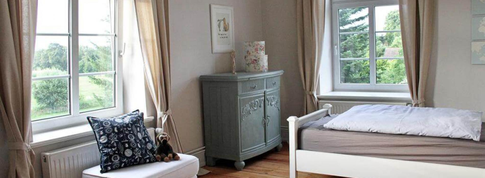 Gutshaus Volzrade Riviera Maison Betten duck egg green